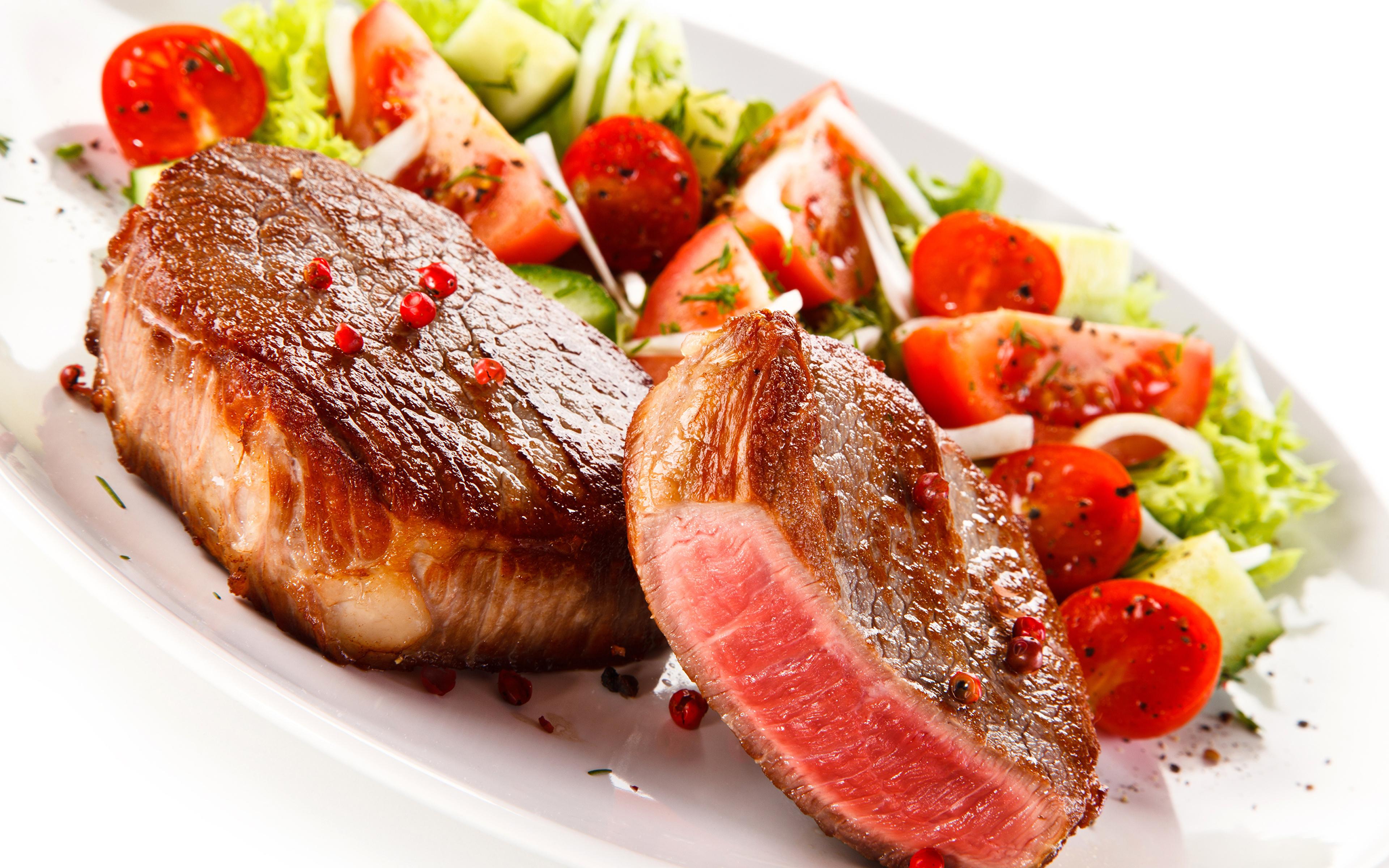 Фото Еда Овощи Белый фон Мясные продукты 3840x2400 Пища Продукты питания