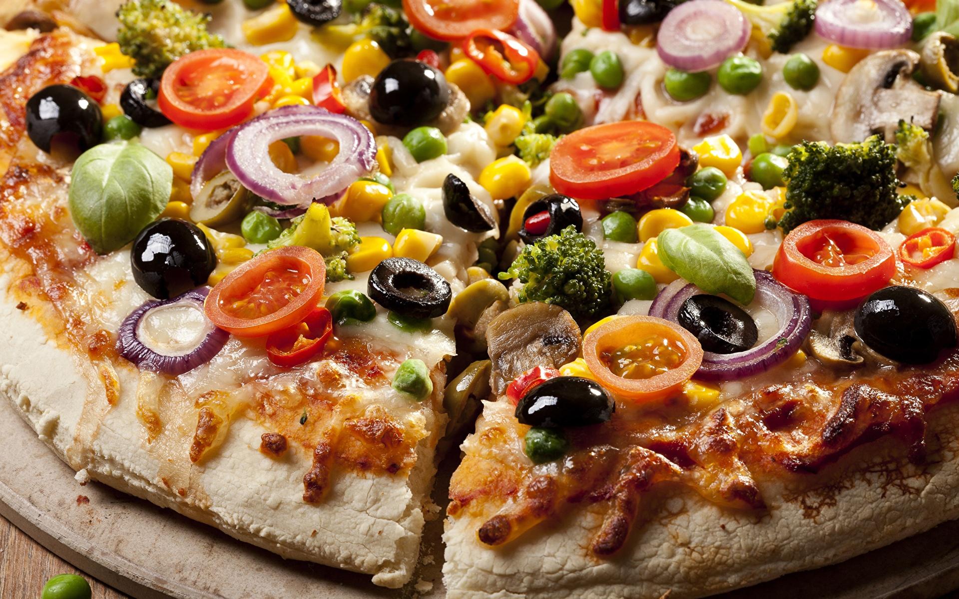 Фото Пища Пицца Оливки вблизи 1920x1200 Еда Продукты питания Крупным планом