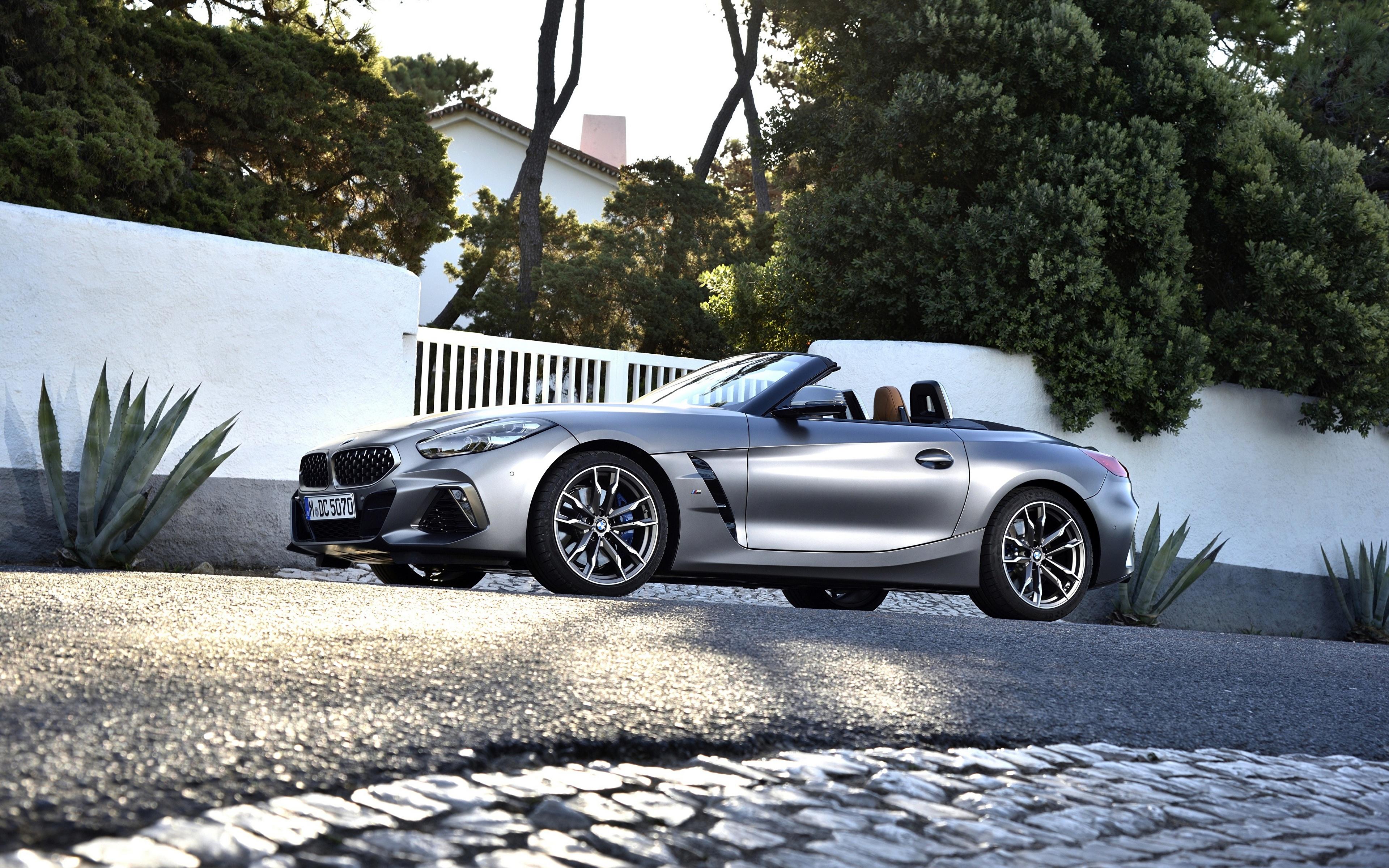 Фотография BMW M40i Z4 2019 G29 Родстер серебряный Сбоку Автомобили 3840x2400 БМВ серебряная серебристая Серебристый авто машина машины автомобиль