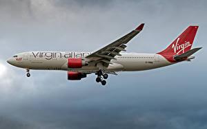 Обои для рабочего стола Airbus Самолеты Пассажирские Самолеты Сбоку Virgin Atlantic Airways, A330-200 Авиация