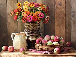Картинки Яблоки Букет Натюрморт Майоры Вазе Корзинка Кувшины Еда Цветы