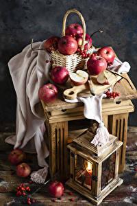 Обои Яблоки Свечи Рябина Корзинка Продукты питания