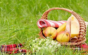 Обои Яблоки Сыры Пикник Корзины Траве Еда