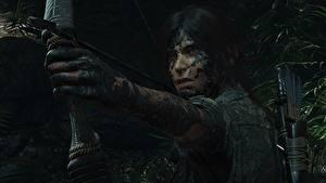 Обои для рабочего стола Лучники Tomb Raider Грязный Руки Лара Крофт Shadow of the Tomb Raider компьютерная игра Девушки