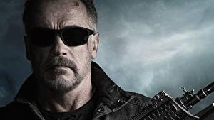 Фотографии Arnold Schwarzenegger Лицо Очки Усами Terminator: Dark Fate кино