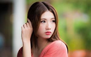 Картинки Азиатка Боке Шатенки Смотрит Руки