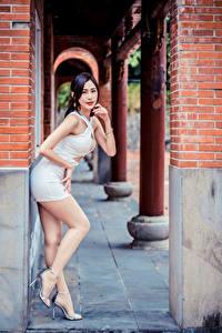 Обои Азиатки Позирует Платье Ног Взгляд Девушки