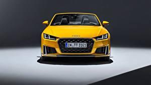 Картинка Audi Спереди Желтая Родстер 2018 TTS авто
