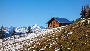 Картинка Австрия Горы Дома Альп Снега Gamskögerl Природа