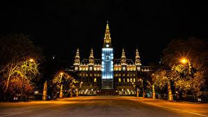 Обои Австрия Вена Дома Ночные Уличные фонари Rathaus Города