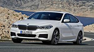 Картинки BMW Асфальт Белая Liftback, 640i, xDrive, Gran Turismo, M Sport, 2017