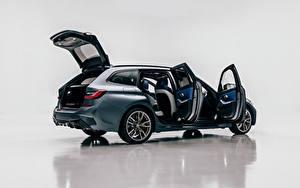 Обои BMW Универсал Металлик Сбоку Открытая дверь M340i xDrive Touring, Worldwide, G21, 2020 автомобиль