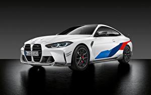 Фото БМВ Белых Металлик M4 Competition M Performance Parts, (G82), 2020 авто