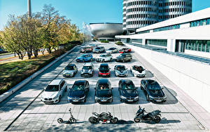 Фото BMW Mini Много Германия Мюнхен автомобиль Мотоциклы