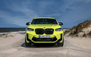 Фото BMW Спереди Салатовые Металлик Кроссовер X4 M Competition, (Worldwide), (F98), 2021 авто