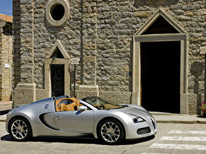 Обои BUGATTI Серебристый Родстер 2009 Veyron 16.4 Grand Sport