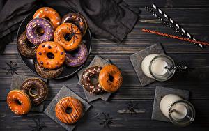 Обои Выпечка Хеллоуин Пауки Молоко Пончики Стакана Пища