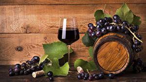 Фото Бочка Вино Виноград Доски Бокалы