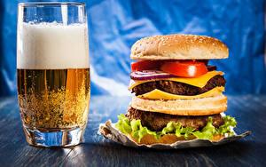 Картинка Пиво Гамбургер Стакане Пена Пища