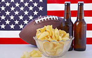 Обои Пиво США Флаг Мяч Бутылка Чипсы Продукты питания