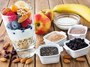 Обои Ягоды Овсяная Орехи Стакане Здоровое питание Завтрак Еда