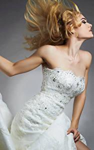 Картинки Блондинка Невеста Платье
