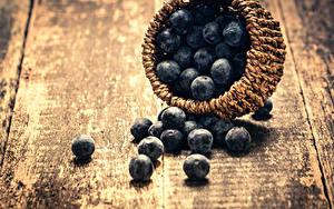 Фотография Черника Ягоды Доски Корзина Пища