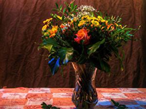 Картинки Букет Розы Хризантемы Ваза