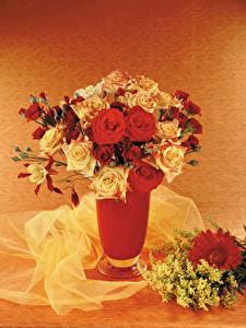 Картинки Букеты Розы Мимозы Герберы Ваза