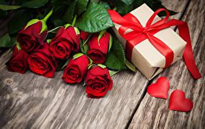 Фото Букет Роза День всех влюблённых Подарок Бантики Сердечко Красная цветок