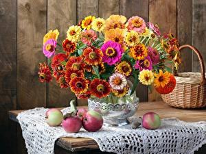 Фотография Букет Скатерть Яблоки Осенние Натюрморт Корзина Вазе цветок