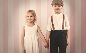 Картинки Мальчик Девочки Две Платье Дети
