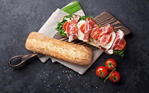 Фотографии Бутерброды Хлеб Ветчина Помидоры Сэндвич Разделочная доска