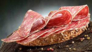 Картинки Бутерброды Хлеб Колбаса