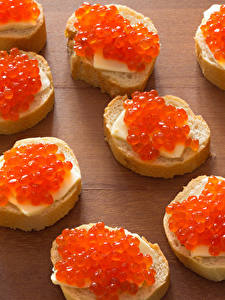 Фотография Бутерброд Морепродукты Икра Хлеб Доски Пища
