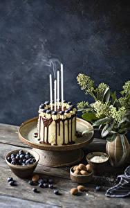Картинка Торты Свечи Черника Шоколад Пища