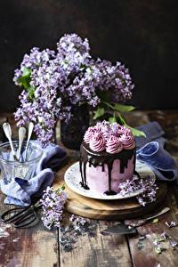 Картинка Торты Шоколад Сирень Натюрморт Доски Дизайн Еда