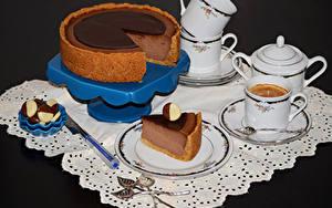 Фотография Торты Кофе Конфеты Чашке Ложка