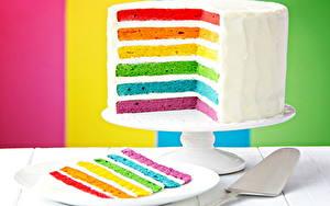 Обои Торты Разноцветные