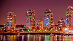 Обои Канада Здания Реки Пирсы Ванкувер Уличные фонари Ночь Города
