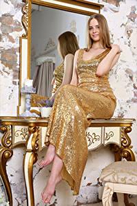 Обои Зеркала Отражении Сидящие Платья Волос Carolina девушка