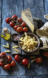 Фотография Сыры Томаты Доски Макароны Пища