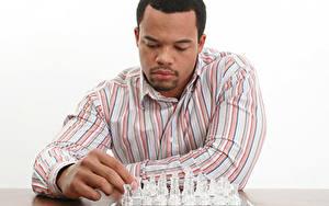 Обои Шахматы Мужчины Пальцы Негр