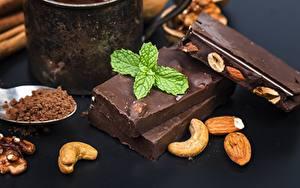 Картинки Шоколад Орехи Мята Пища