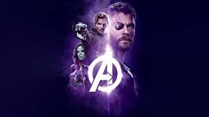 Фотография Крис Эванс Chris Hemsworth Мстители: Война бесконечности Повязка на глаз Кино Фильмы Знаменитости