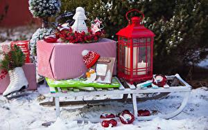 Обои Рождество Свечи Санки Подарки