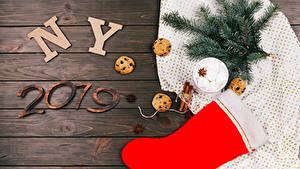 Обои Новый год Корица Печенье Бадьян звезда аниса Доски 2019 Ветвь Сапоги Шарики Маршмэллоу Пища