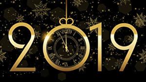 Обои Новый год Часы Черный фон 2019 Снежинки
