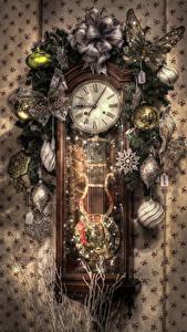 Фото Новый год Часы Бабочки Ветки Шарики Снежинки HDR