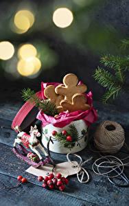 Фотографии Рождество Печенье Ягоды Пища